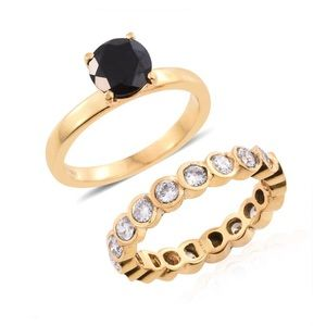 18k Gold Thai Black Spinel Ring Set Size 5